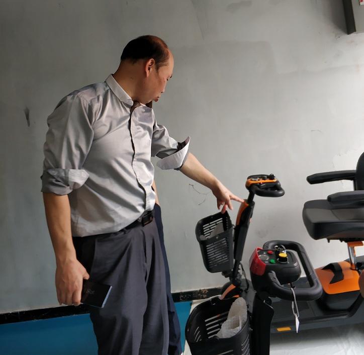 三轮或四轮折叠电动代步车有电但是开不动可能是什么原因[元亨电动]