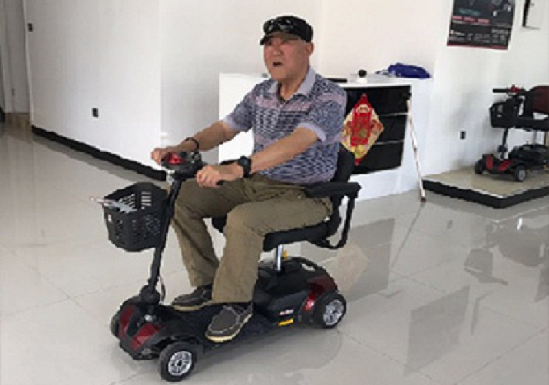 给老年人用的智能老年电动代步车应如何挑选?
