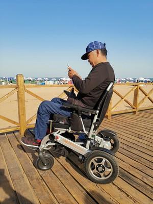 关于电动轮椅速度的相关问题【元亨电动】